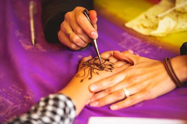 Hena farbivo tetovanie